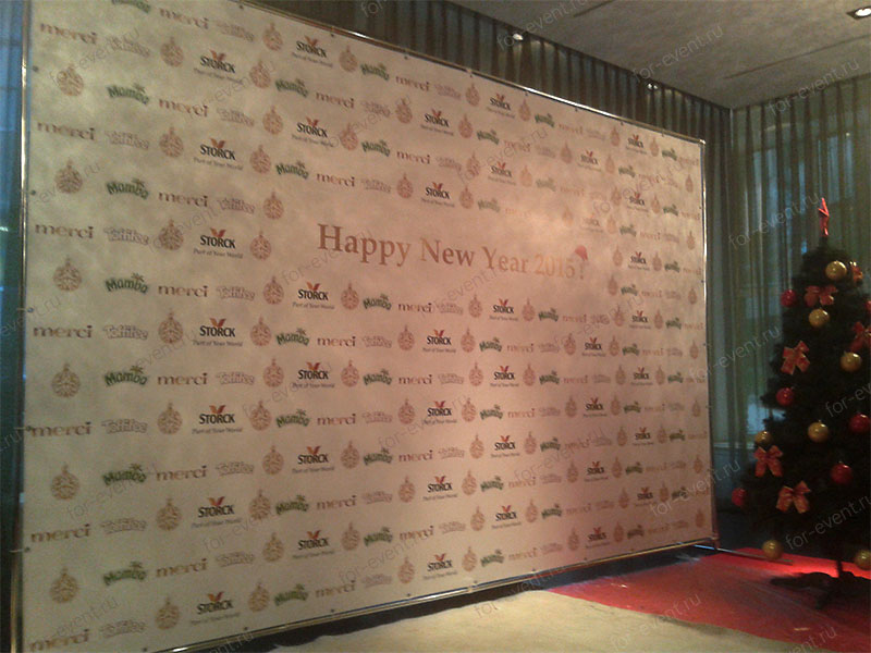 Пресс волл 4х2,5 м на Новый год